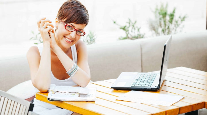 Do you know the difference between your credit score and credit report?